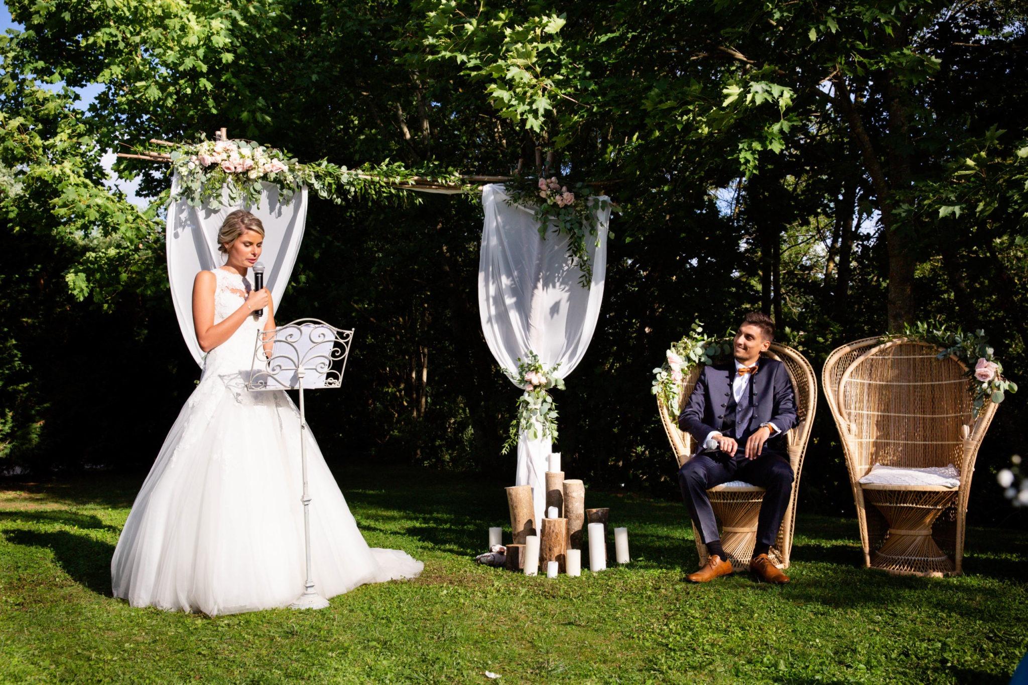 cérémonie laïque - organisation mariage - les moments m - wedding planner lyon