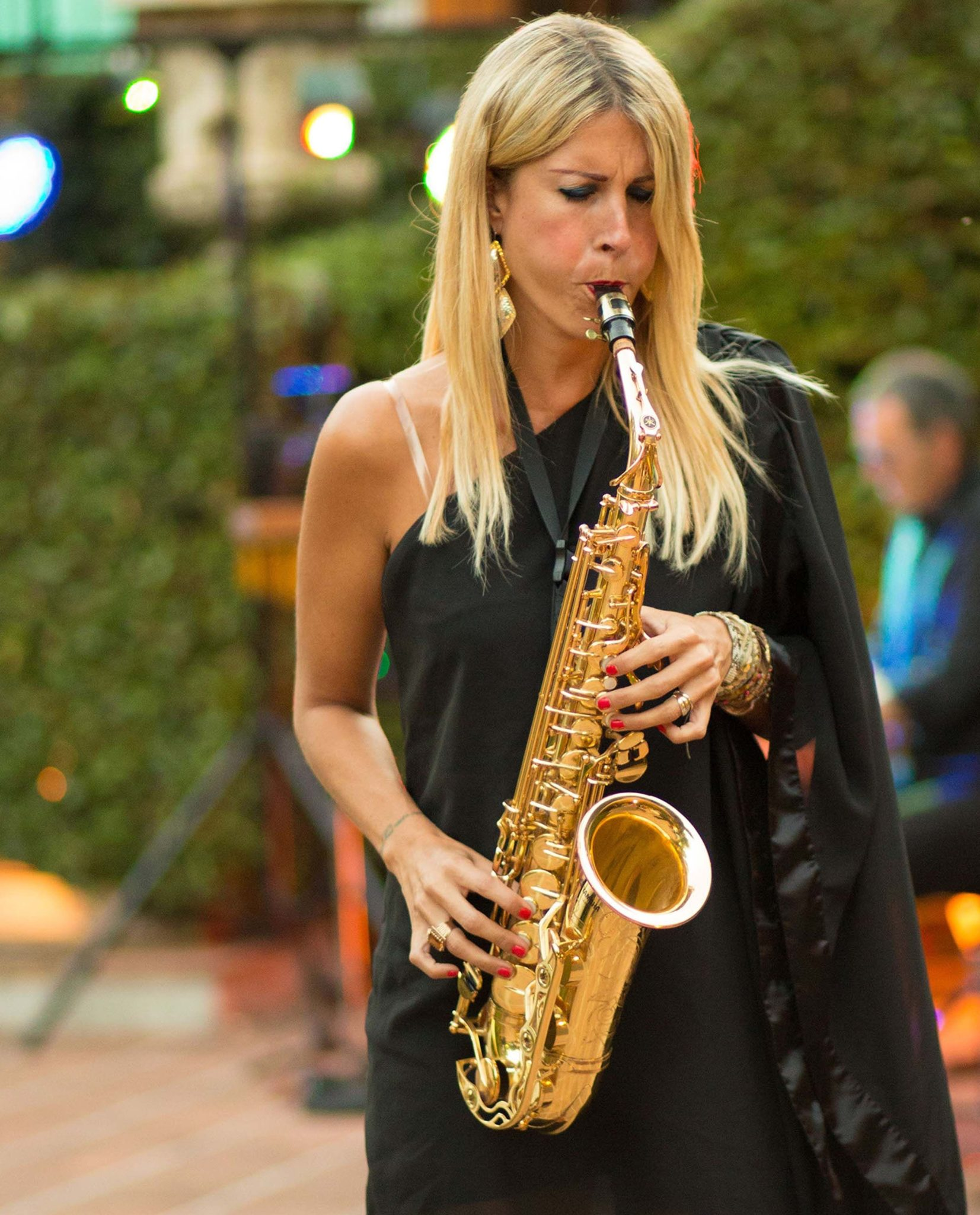 animation musicale pour mariage saxophonniste - organisation mariage lyon