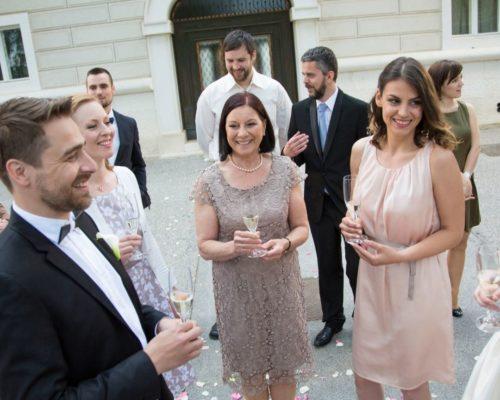Pourquoi et comment organiser un mariage à domicile ? les moments m – wedding planner lyon