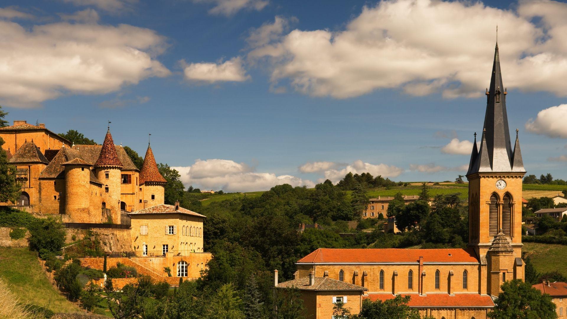 5 lieux dans la région Auvergne-Rhône-Alpes pour votre cérémonie laïque – les moments m – wedding planner lyon