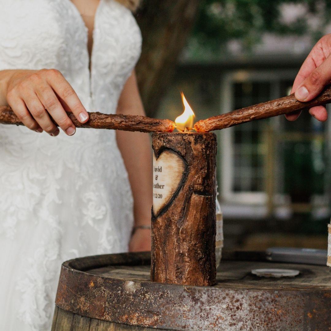 Quel rituel choisir pour votre cérémonie laïque ? – les moments m – wedding planner lyon