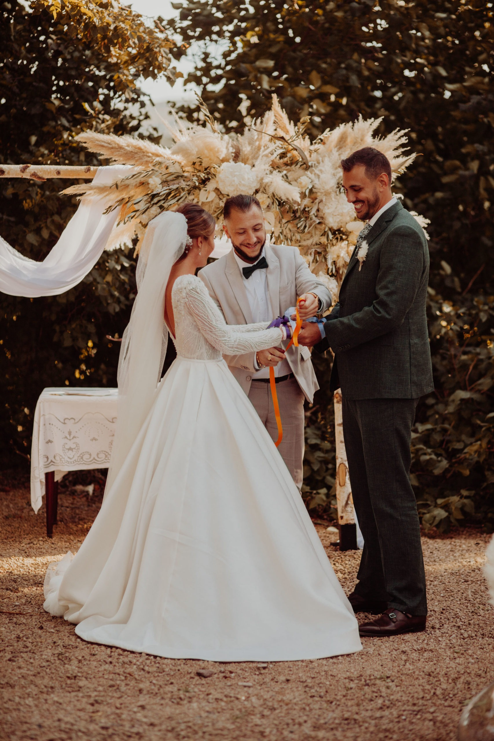 mariage marjorie et nicolas - beaujolais - les moments m - wedding planner lyon